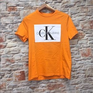 Orange Calvin Klein T-shirt